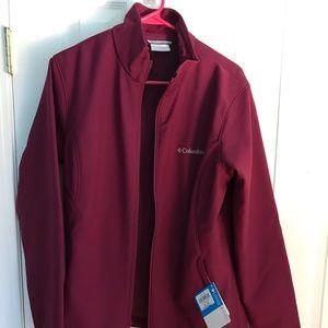 NWT Ladies Columbia Jacket; medium weight